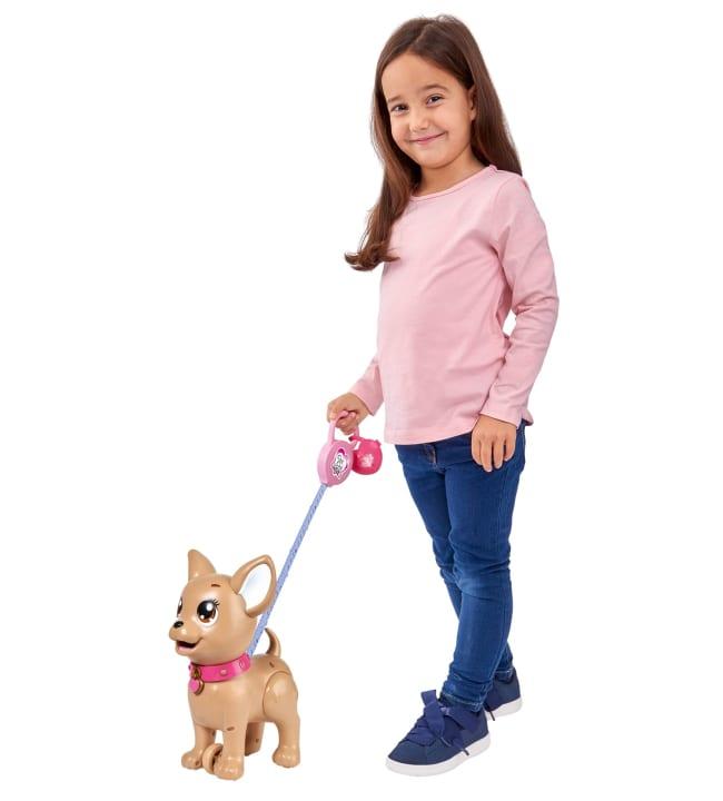 Chi Chi kakkaava koiranpentu