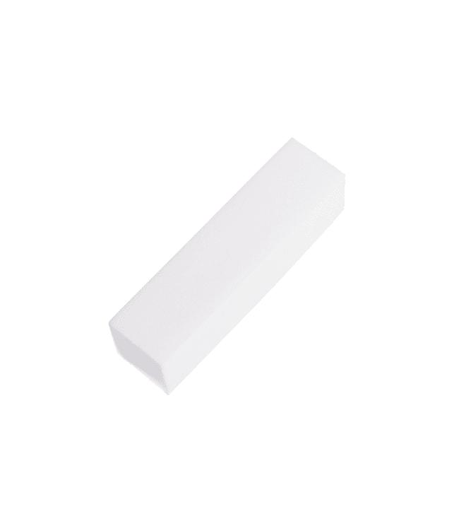 Cailap valkoinen kynsiviilapalkki