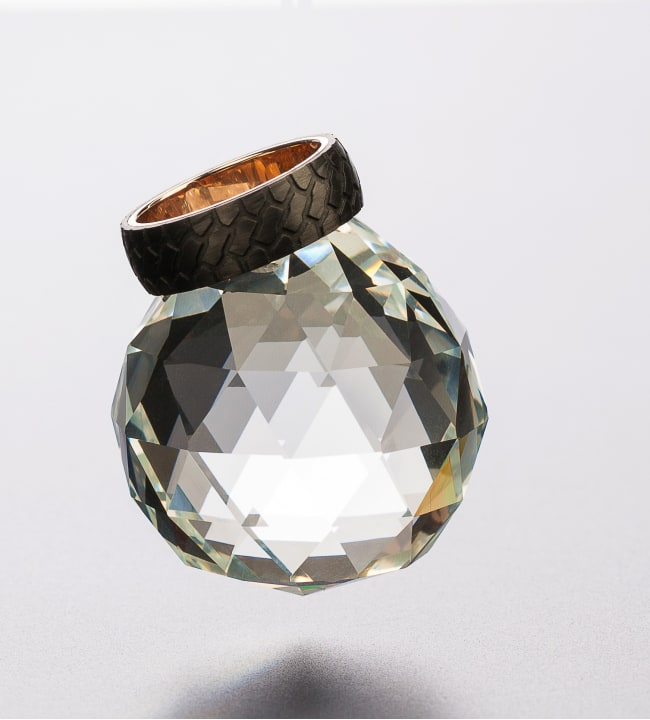 Luce CF030 titaanisormus