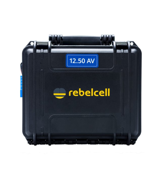 Rebellcell Akku 12V/50A kuljetuslaatikossa