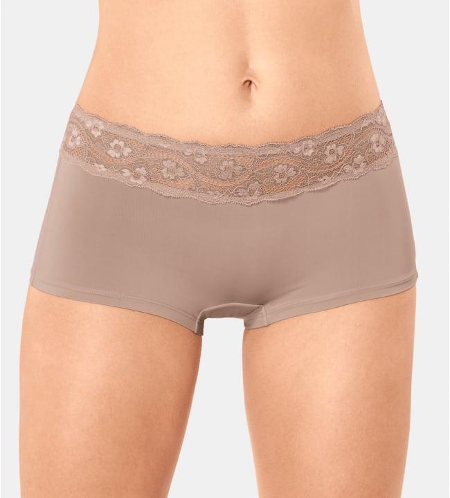 Triumph Lovely naisten alushousut
