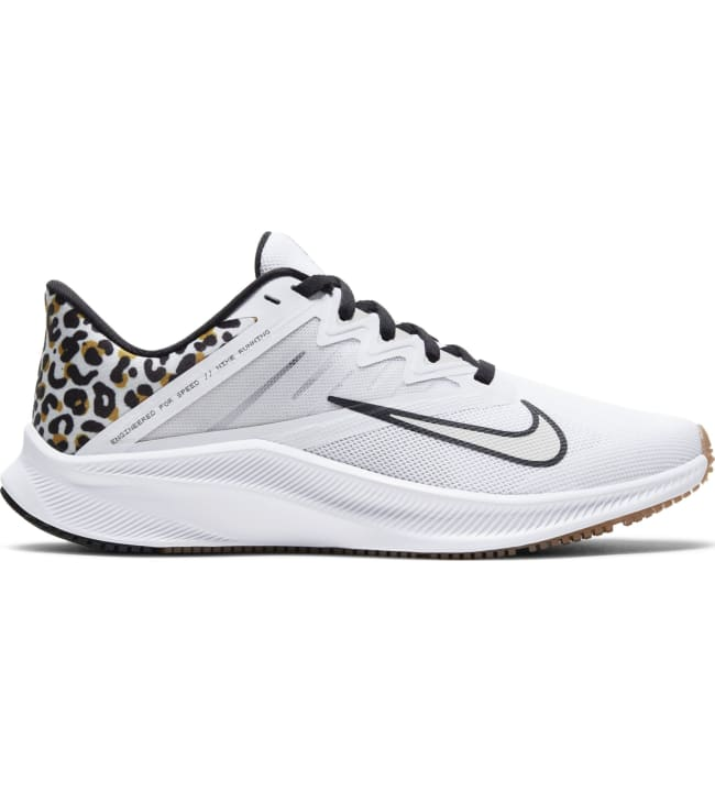 Nike Quest 3 naisten juoksukengät